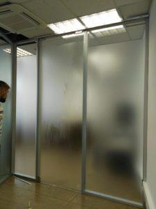 Тонирование перегородок в Екатеринбурге ООО Уралтехпром
