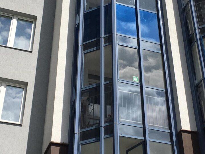 Тонирование балконного окна Екатеринбург