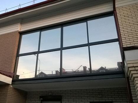 Тонировка стеклопакетов балкона